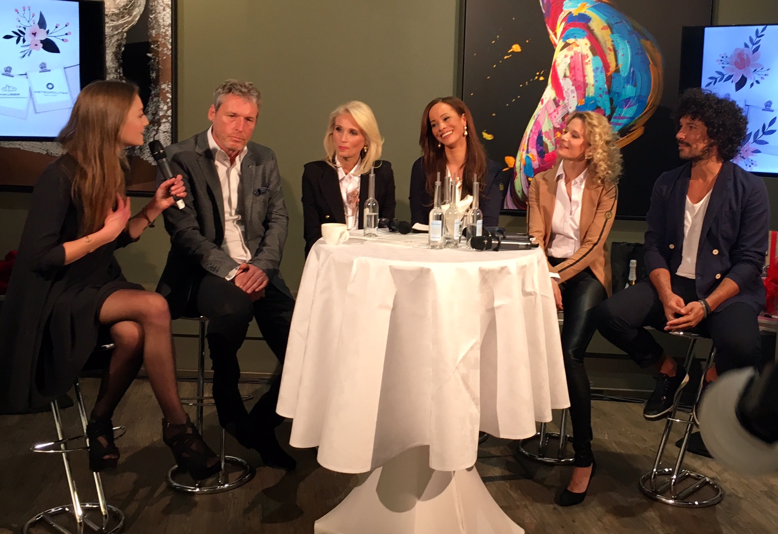 Diskussionsrunde bei der Woman Business Lounge Hamburg