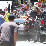 """""""Car Attack"""" als zweiter Platz in der Kategorie Harte Fakten (Einzelfotos), Foto: Ryan M. Kelly, The Daily Progress"""