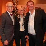 Movie meets Media: Veranstalter Sören Bauer mit Bürgermeister Peter Tschentscher und Ehefrau Eva-Maria